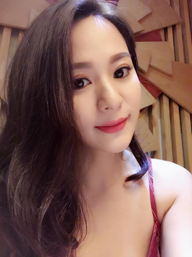 Thật bất ngờ, Hoài Linh, Đàm Vĩnh Hưng, Long Nhật lại có 3 cô con gái nuôi xinh đẹp như thế này - Ảnh 12.