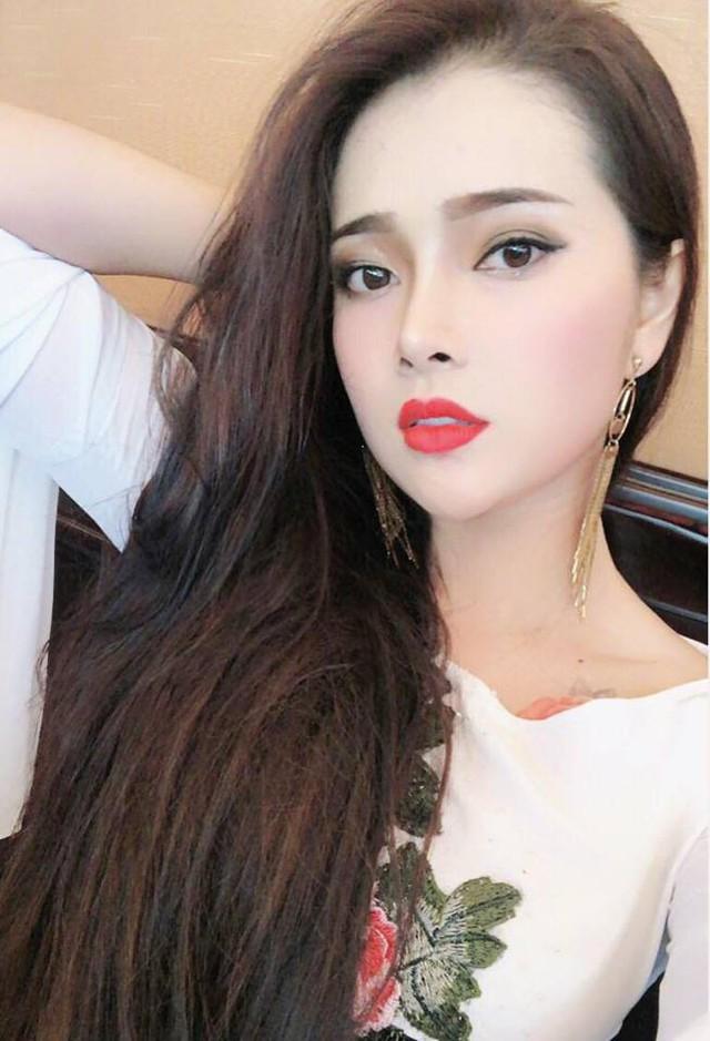 Thật bất ngờ, Hoài Linh, Đàm Vĩnh Hưng, Long Nhật lại có 3 cô con gái nuôi xinh đẹp như thế này - Ảnh 7.