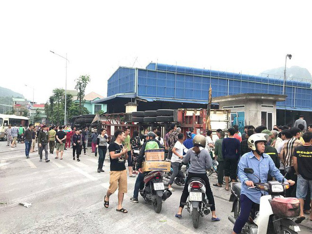 4 người thương vong sau tai nạn giao thông liên hoàn ở Quảng Ninh - Ảnh 1.