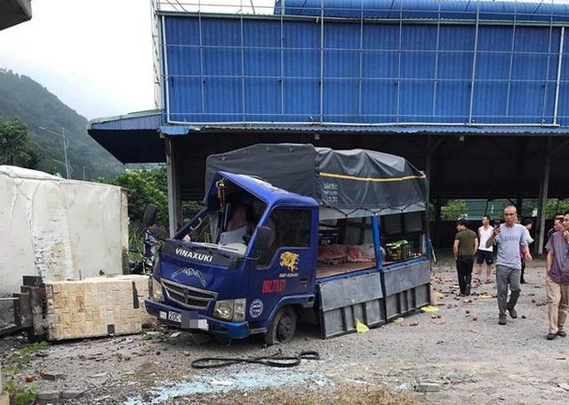 4 người thương vong sau tai nạn giao thông liên hoàn ở Quảng Ninh - Ảnh 2.