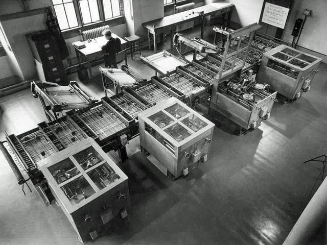Biến đổi thần kỳ máy tính trong trường học suốt hơn nửa thế kỷ qua - Ảnh 1.