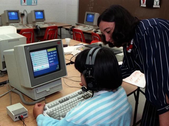 Biến đổi thần kỳ máy tính trong trường học suốt hơn nửa thế kỷ qua - Ảnh 10.