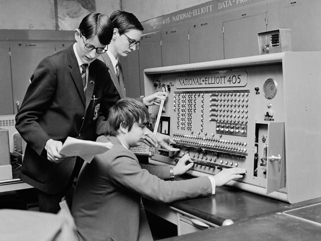 Biến đổi thần kỳ máy tính trong trường học suốt hơn nửa thế kỷ qua - Ảnh 7.