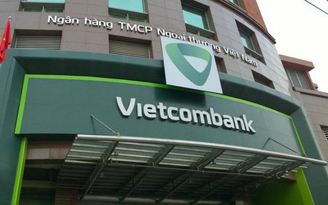 Phiên thứ 4 liên tiếp cổ phiếu của Ngân hàng Vietcombank đỏ sàn - Ảnh 1.