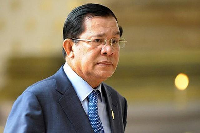 Ãng Hun Sen công khai ý Äá»nh ÄÆ°a con ra làm thủ tÆ°á»ng Campuchia - Ảnh 1.