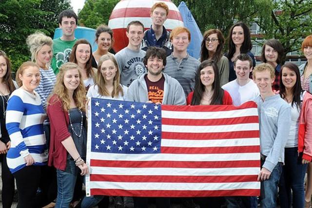 Căng thẳng chính trị ở Mỹ ảnh hưởng nặng nề sụt giảm du học sinh quốc tế  - Ảnh 1.