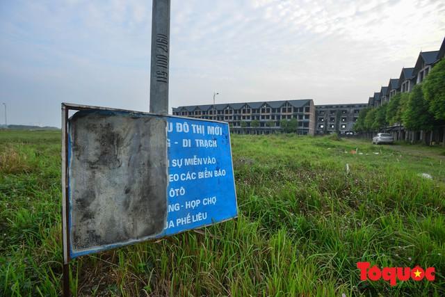 Sau nhiều năm bỏ hoang, khu đô thị ngàn tỷ đã có ngôi nhà được hoàn thiện - Ảnh 3.