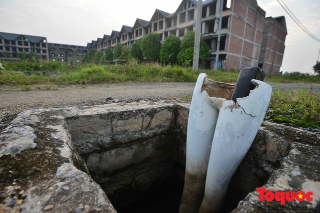 Sau nhiều năm bỏ hoang, khu đô thị ngàn tỷ đã có ngôi nhà được hoàn thiện - Ảnh 10.
