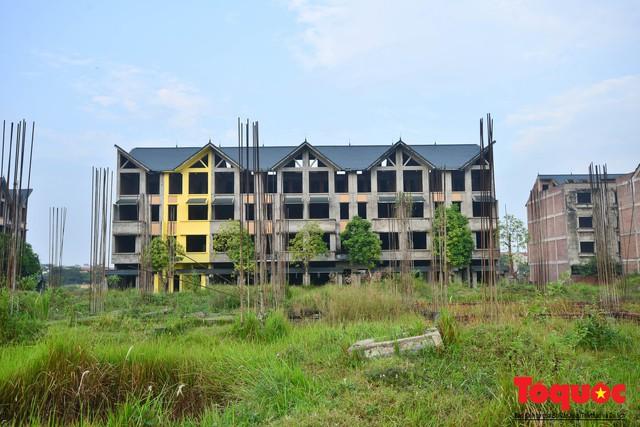 Sau nhiều năm bỏ hoang, khu đô thị ngàn tỷ đã có ngôi nhà được hoàn thiện - Ảnh 4.