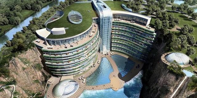 Trung Quốc khai trương khách sạn 17 tầng trong lòng đất - Ảnh 1.