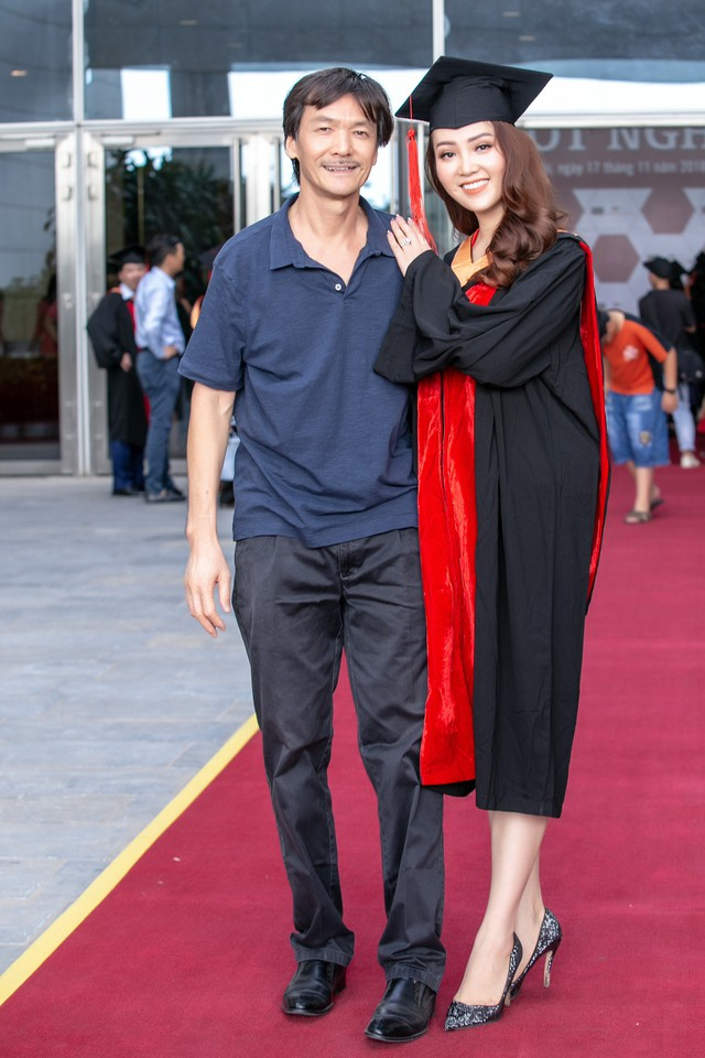 Sau 2 năm đèn sách, cuối cùng Á hậu Thụy Vân đã hái quả ngọt – tấm bằng MBA - Ảnh 5.