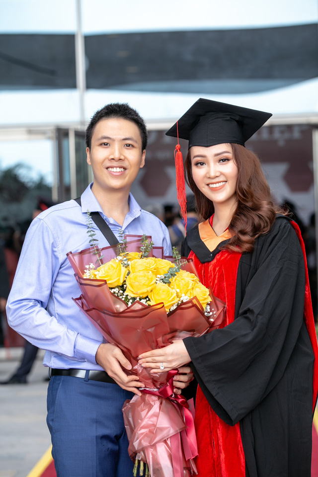 Sau 2 năm đèn sách, cuối cùng Á hậu Thụy Vân đã hái quả ngọt – tấm bằng MBA - Ảnh 6.