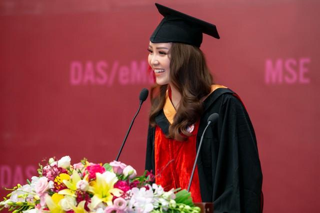 Sau 2 năm đèn sách, cuối cùng Á hậu Thụy Vân đã hái quả ngọt – tấm bằng MBA - Ảnh 8.