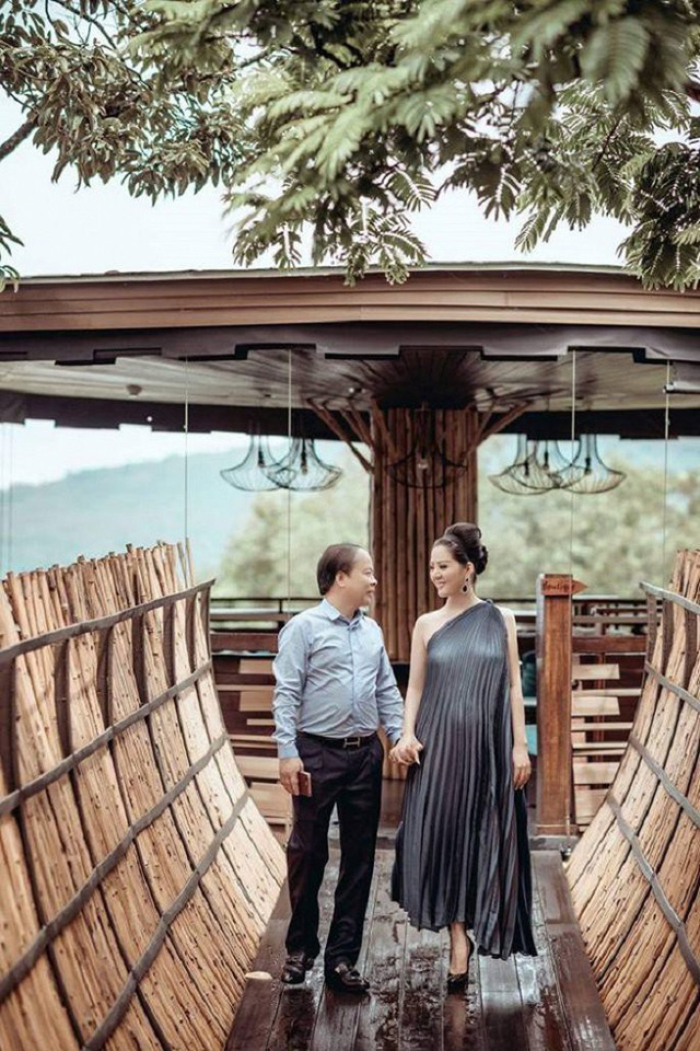 Ảnh cưới đầy mộng mơ khiến nhiều người ngưỡng mộ của ca sĩ Đinh Hiền Anh và chồng hơn 17 tuổi - Ảnh 8.
