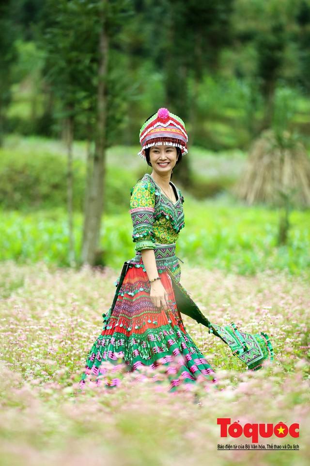 Hà Giang: Tam giác mạch bung nở rực rỡ sẵn sàng cho mùa Lễ hội hoa lớn nhất trong năm  - Ảnh 5.