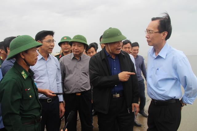 Bộ trưởng Nguyễn Xuân Cường: TP HCM phải chuẩn bị mọi kịch bản ứng phó bão số 9 - Ảnh 3.