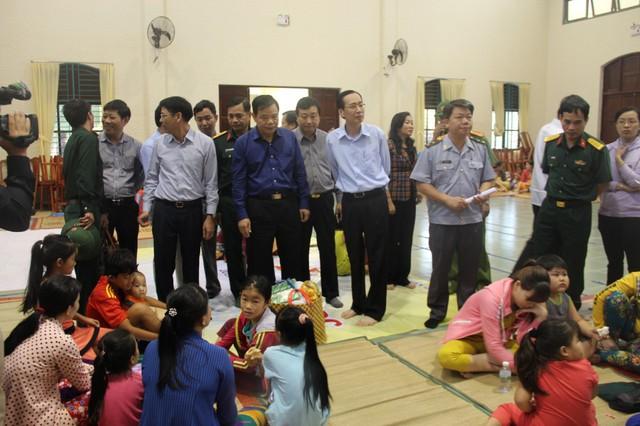 Bộ trưởng Nguyễn Xuân Cường: TP HCM phải chuẩn bị mọi kịch bản ứng phó bão số 9 - Ảnh 1.