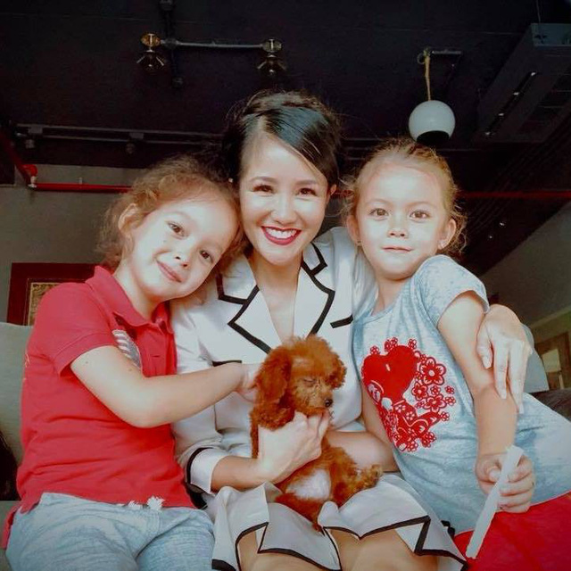 Chồng công khai bảo vệ bạn gái, Diva Hồng Nhung bất ngờ tiết lộ 2 con bị sang chấn tâm lý - Ảnh 1.