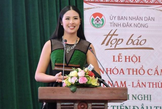 Hoa hậu Ngọc Hân làm Đại sứ Lễ hội Văn hóa Thổ cẩm Việt Nam lần thứ I - Ảnh 1.