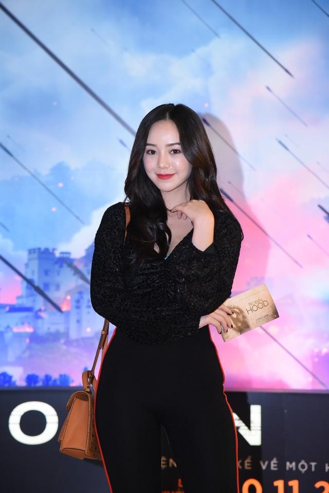 Trẻ trung và sành điệu, hot girl Quỳnh Kool hội ngộ Bình An  - Ảnh 3.