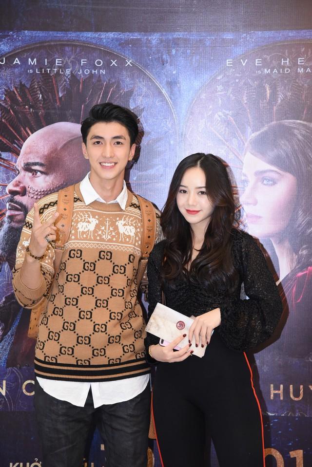 Trẻ trung và sành điệu, hot girl Quỳnh Kool hội ngộ Bình An  - Ảnh 4.