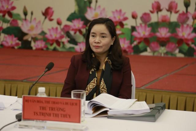 Thứ trưởng Bộ VHTTDL Trịnh Thị Thủy chủ trì Hội thảo