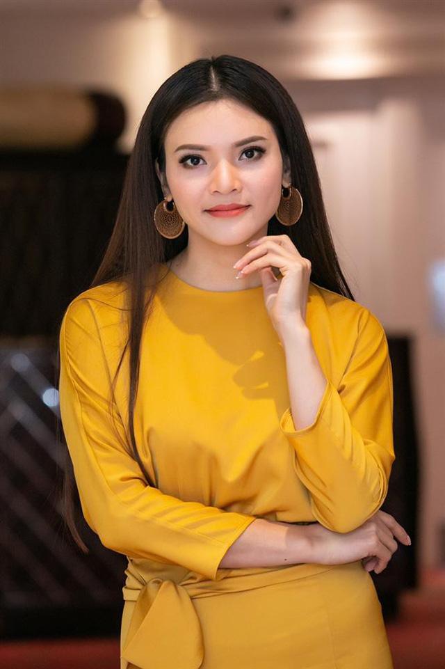 NSƯT Phạm Phương Thảo: Cảm ơn báo Tổ Quốc đã giúp nghệ sĩ có thêm cơ hội được lên sân khấu hát những ca khúc vô cùng ý nghĩa về Bác Hồ và đất nước Việt Nam - Ảnh 1.