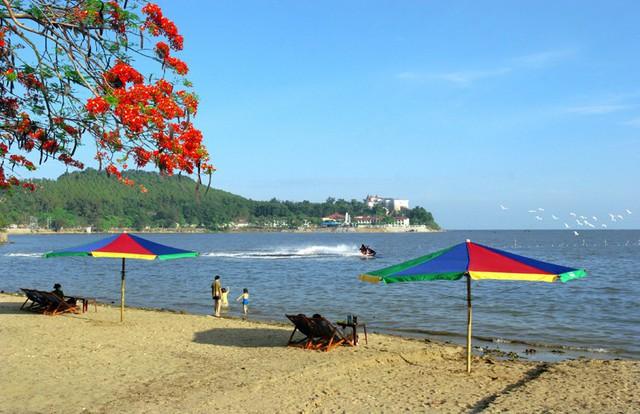 Khai thác tài nguyên du lịch tự nhiên đặc trưng để phát triển du lịch Đồ Sơn - Ảnh 1.