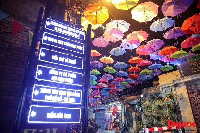 Hà Nội: Làng lụa Vạn Phúc mặc áo mới đón tuần lễ Văn hóa, Du lịch - Ảnh 14.