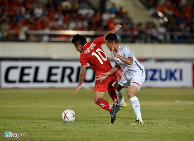 Kết thúc hiệp 1: Đội tuyển Việt Nam dẫn trước 2-0 trước Lào, Công Phượng, Anh Đức lập công - Ảnh 5.