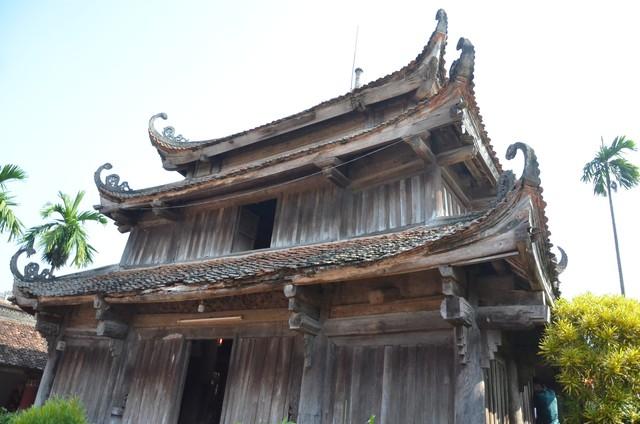 Dễ dàng bắt gặp những nét kiến trúc cổ tại ngôi chùa này