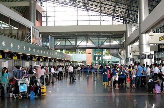 12.410 lượt chuyến bay bị chậm tại sân bay quốc tế Nội Bài   - Ảnh 1.