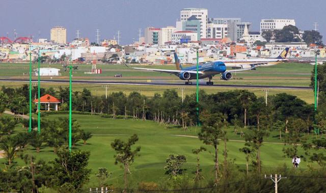 Sân golf Tân Sơn Nhất bị xóa bỏ khỏi quy hoạch sân golf ở TP HCM - Ảnh 1.
