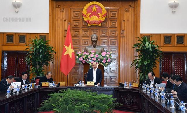Thủ tướng Nguyễn Xuân Phúc phát triển nhanh và bền vững ở Việt Nam theo hướng phát huy nguồn lực đất nước - Ảnh 2.