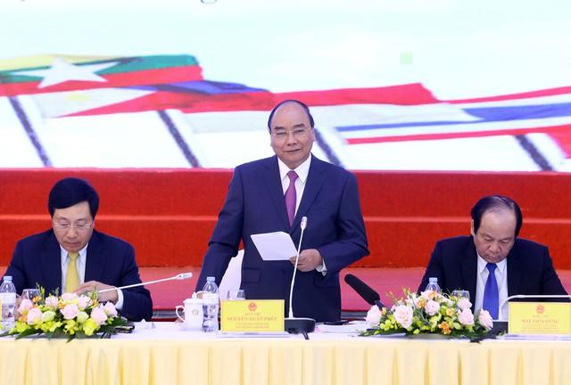 Thủ tướng yêu cầu khẩn trương Triển khai thực hiện Nghị quyết Kỳ họp thứ 6, Quốc hội khóa XIV - Ảnh 1.