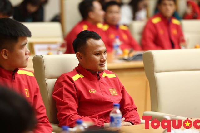 Dù chấn thương, Trọng Hoàng vẫn được HLV Park giữ lại đội hình - Ảnh 1.