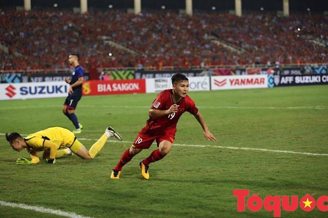 Ba cầu thủ đội tuyển Việt Nam lọt vào danh sách 10 VĐV tiêu biểu của năm 2018 - Ảnh 1.