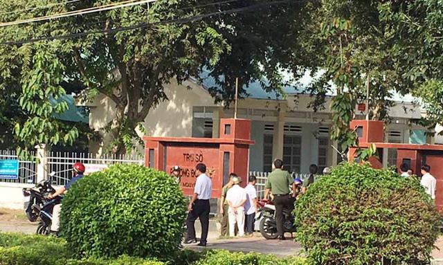 Nổ súng ở trụ sở phường, Phó Chủ tịch HĐND bị bắn tử vong - Ảnh 1.