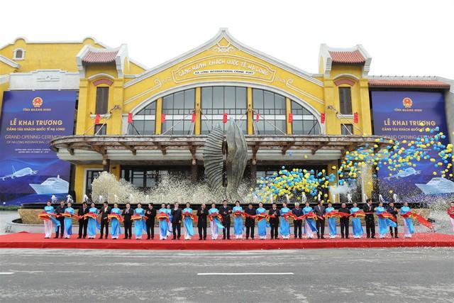 Thủ tướng Những công trình chất lượng sẽ đóng góp vào khát vọng của chúng ta về 50 triệu khách du lịch quốc tế tới Việt Nam  - Ảnh 5.
