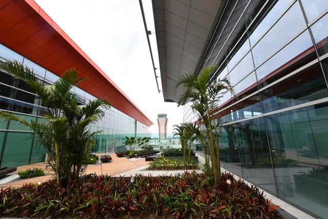 Thủ tướng Những công trình chất lượng sẽ đóng góp vào khát vọng của chúng ta về 50 triệu khách du lịch quốc tế tới Việt Nam  - Ảnh 10.