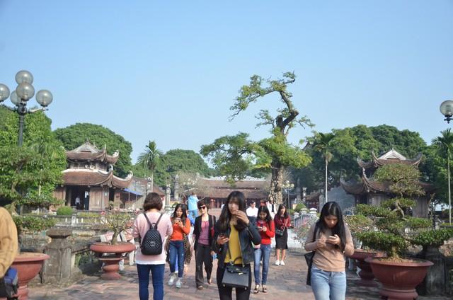 Sự cần thiết cơ cấu lại ngành và phát triển Du lịch Việt Nam theo hướng chất lượng, bền vững - Ảnh 1.