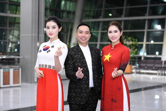 Trình diễn bộ sưu tập áo dài của Đỗ Trịnh Hoài Nam tại Hàn Quốc - Ảnh 7.