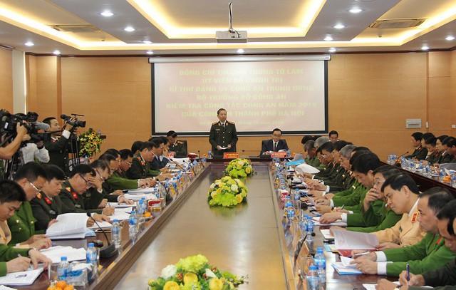 Bộ trưởng Công an yêu cầu Công an Hà nội tiếp tục triển khai quyết liệt đấu tranh trấn áp các loại tội phạm - Ảnh 2.