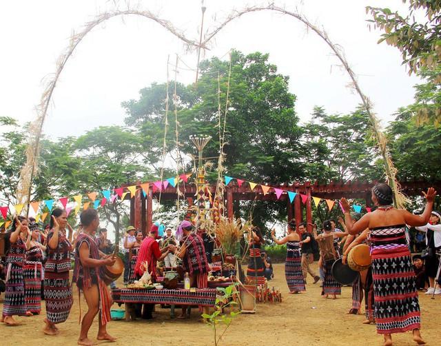 Tuần lễ Văn hóa – Du lịch tỉnh Kon Tum lần thứ 4 có gì mới - Ảnh 1.