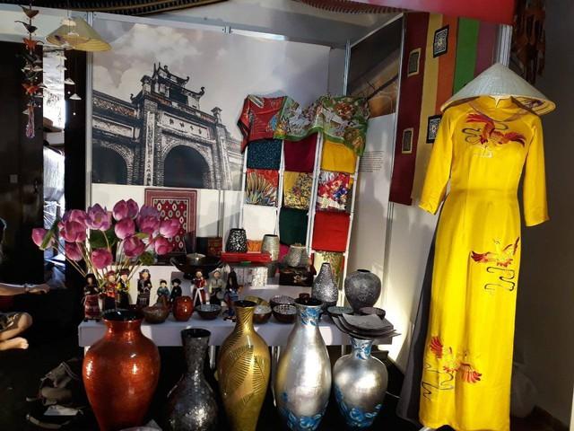 Việt Nam tham gia Lễ hội Thủ công mỹ nghệ Cuba - Fiart 2018 - Ảnh 2.
