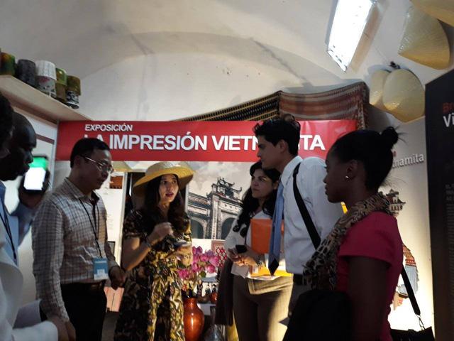 Việt Nam tham gia Lễ hội Thủ công mỹ nghệ Cuba - Fiart 2018 - Ảnh 3.