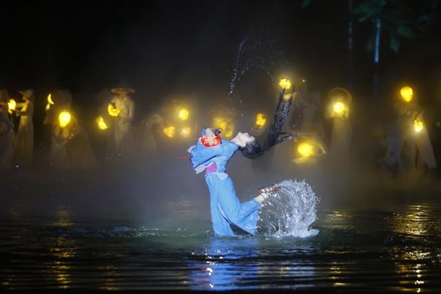Hình ảnh ấn tượng chào năm mới 2019 từ sân khấu thực cảnh Ký ức Hội An - Ảnh 22.