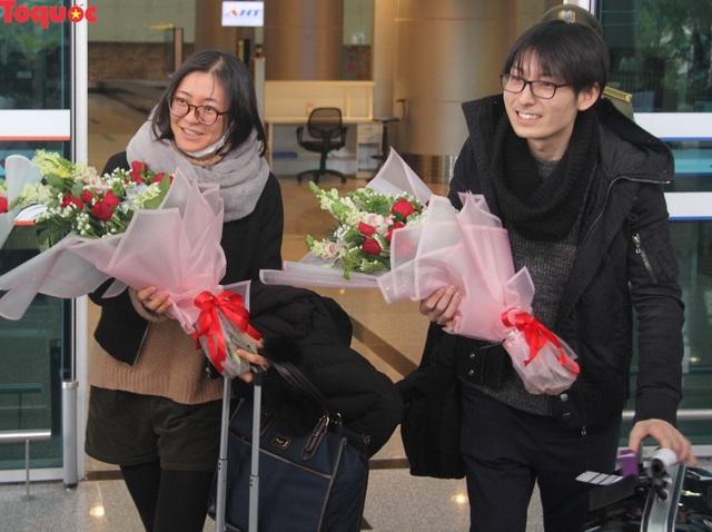 """Du khách trên chuyến bay đầu tiên tới Đà Nẵng đầu năm 2019: """"Chúng tôi bất ngờ với sự đón tiếp nồng hậu và thân thiện..."""" - Ảnh 3."""