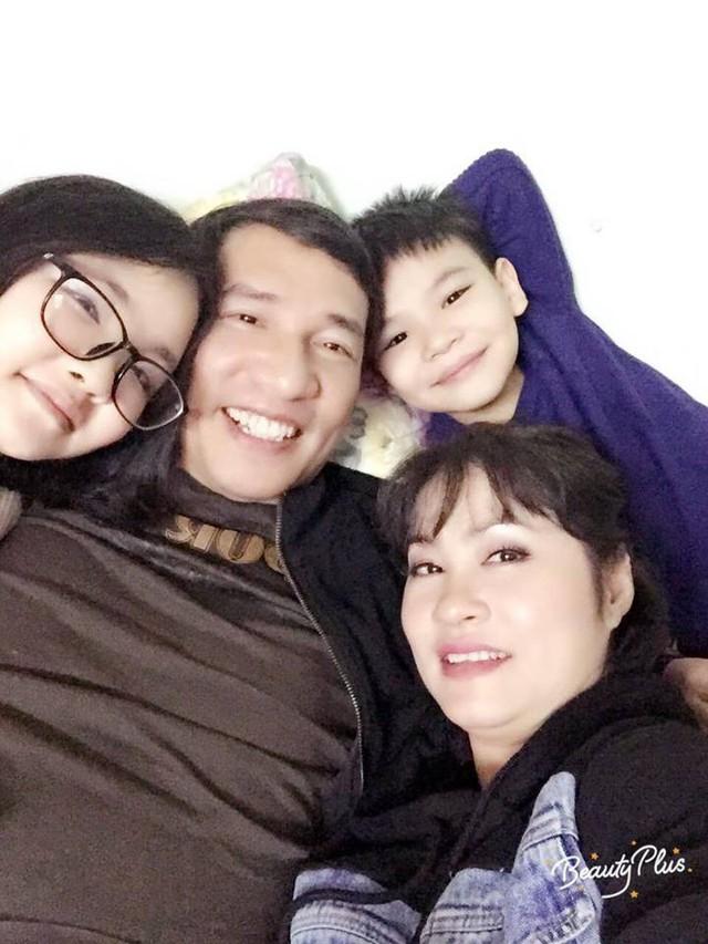 Nhan sắc xinh đẹp của vợ và ba con của Quang Thắng - Ảnh 3.