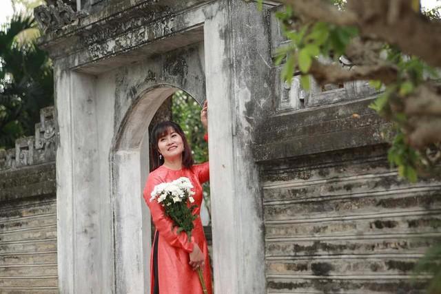 Nhan sắc xinh đẹp của vợ và ba con của Quang Thắng - Ảnh 5.